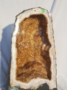 Wonderful citrine geode - 430 x 230 x 260 mm - 28.90 kg