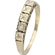 14 kt - Yellow gold ring set with 5 diamonds of approx. 0.025 ct in total - ring size: 16.75 mm