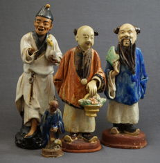 Earthenware sculptures of figures - China - 19th/early 20th century