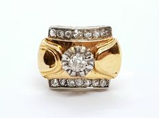 Tank ring in 18 kt gold set with 0.25 ct diamonds