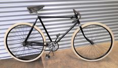 Dutch Gazelle - Pathracer - With vintage moustache handlebars