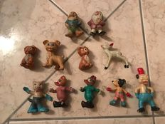 Disney - 11 figures - among others + Mickey Mouse + dwarfs (approx. 1940/1950)