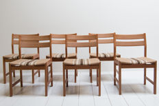 Kurt Ostervig for K P Mobler - Dining room chairs, set of 6, in oak and fabric.