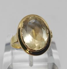 Cocktail Ring - 18 kt Yellow Gold - Central Topaz of 8.80 ct