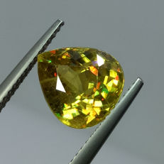Sphene - 4.75 ct