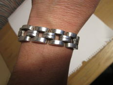 Very beautiful Bracelet in solid silver 930 and 35 grams, Art-Deco