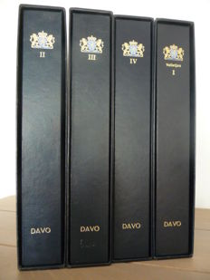 Accessories - 4 Davo LX albums the Netherlands, Davo II, III, IV and sheetlets VI with slipcase