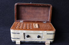 Cigarettes box , wood , mother pearl  and silver details - Portugal 19th century