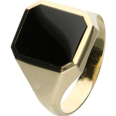 14 kt - Yellow gold signet ring set with an onyx - Ring size: 19 mm