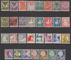 The Netherlands 1925/1933 - Complete set Child syncopated perforation