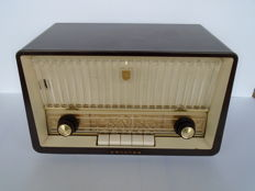 Philips tube radio type B3X70U from 1957