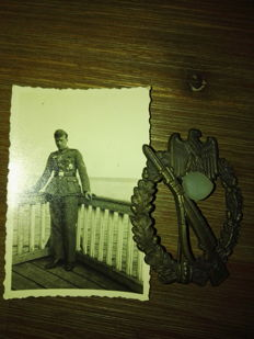 Bronze Infantry Assault Badge with Photo