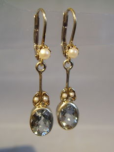 Antique Victorian earrings with genuine, verified aquamarines (2.4 ct) and white river pearls