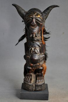 Protection fetish statue - SONGYE - The Republic of Congo