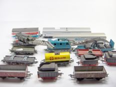 Lima H0 and Fleischmann H0 - various numbers - A lot with 15 Lima and Fleischmann freight cars and coal tenders