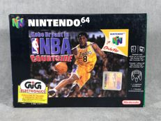 Nintendo 64 Game - Kobe Bryant in NBA courtside - PAL / EUR - Text on screen and box in Spanish & Italian
