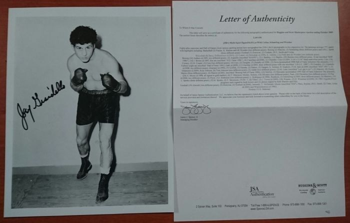 Beautiful boxing souvenir, photo of old boxing legend, Joey Giardello with his signature and JSA authenticity letter