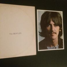 The Beatles - 3 LP Albums,incl 4 photo-posters and more