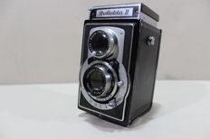 The Historic Original Camera, Twin-lens reflex camera (TLR) - Refleta II