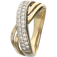18 kt - Yellow gold crossover ring set with 25 round brilliant cut diamonds of 0.25 ct in total - Ring size: 16.75 mm