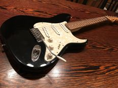 Squier SE (Special Edition) by Fender China 2002