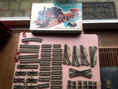 Märklin H0 - 2963 - Starter set with tender locomotive and two freight carriages and M tracks