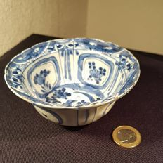 Beautiful bowl, Wan Li period approx. 1600.