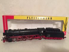 Fleischmann H0 - 1362 - Steam locomotive Series BR01 of the DB, with a smoke generator