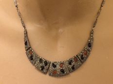 935 silver Art Deco choker necklace with marcasite and enamel inlay – Germany – 1910