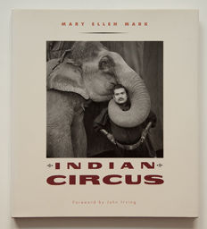 Mary Ellen Mark - Indian Circus - 1993