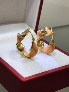 14 kt Yellow gold earrings with orange enamel
