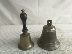 Pair of bronze bells for the Mass - Italy - 1900