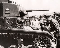 Unknown/AP (ACME) - Winston Churchill inspects U.S. M-3 medium tank, England, 1941