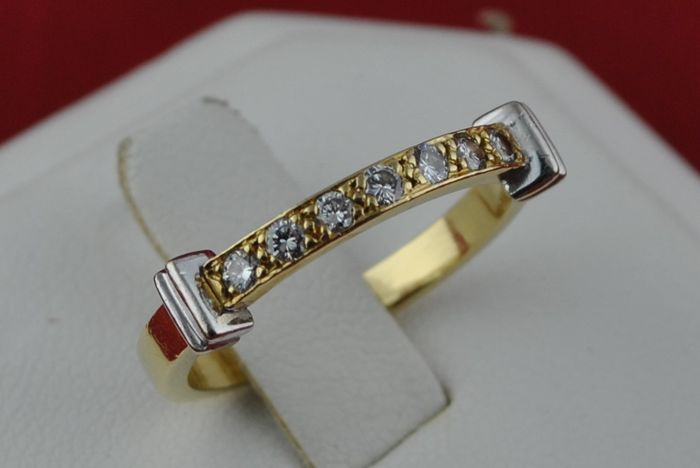 Ring with 7 Diamonds (Tot. +/-0.20CT) Set on Bi-Color 18k Gold - E.U Size 53 *Re-sizable -  Fast Shipping
