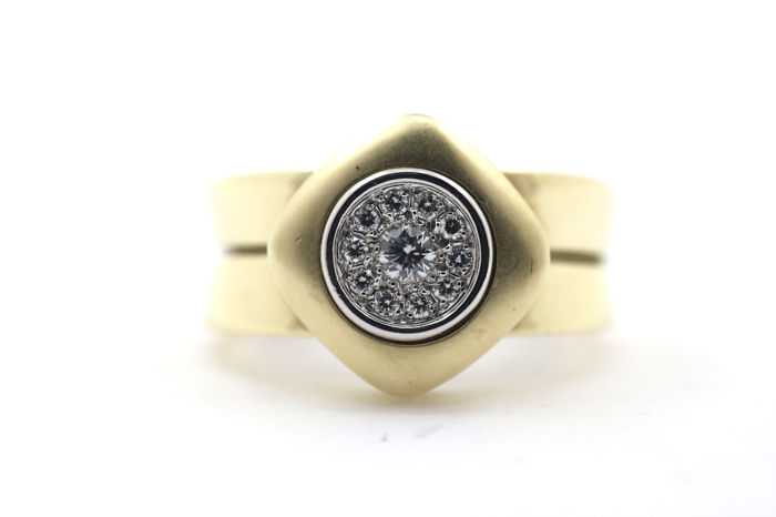 Brilliant ring made of 14kt gold with 0.45ct diamonds - 56 (EU)