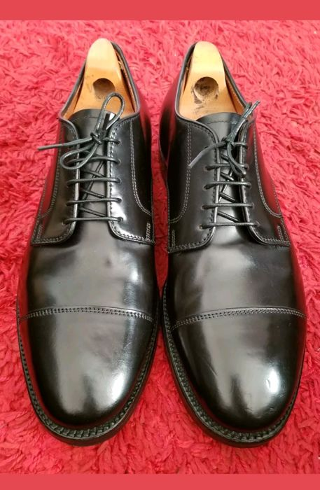 Brooks Brothers - Lace-up Derby shoes