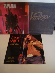 Pearl Jam: Lot of 3 LP Albums: Ten (Red color vinyl) II Vitalogy (Purple color vinyl) II Like A Holy Roller (Live @ Milky Way, Amsterdam February 12th, 1992)