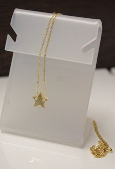 14 kt Yellow gold necklace with a yellow gold pendant, star - 40–42 cm