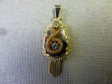 Yellow gold old Dutch regional item of jewellery