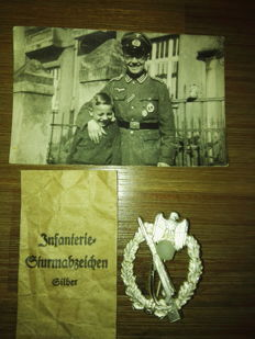 Infantry Assault Badge with Photo of Recipient and Wallet