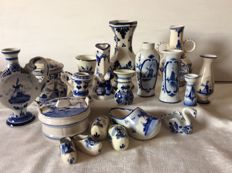 Delft blue objects, nineteen items