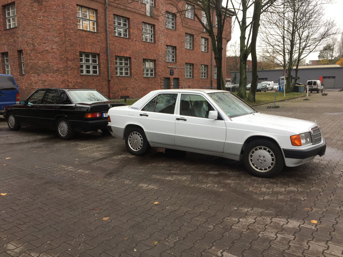 Mercedes Benz 190 2.0 - Superb Condition - Automatic with Sunroof, Very Well Maintained