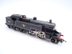 Hornby 00 - R062 - Class 4P 2-6-4 Steam Tank Locomotive in BR black livery