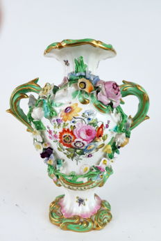 19th century Victorian Coalport 2 handle vase.