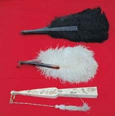 Lot of 3 ranges of which 2 with ostrich feathers - 19th century
