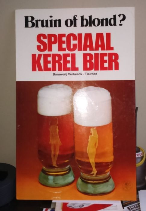 "Cardboard advertising sign "" Speciale Kerel "" +-1965 beer made in the Tielrode Brewery Verbeeck with stand"