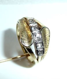 Ring, 14 kt / 585 gold with 5 diamonds 0.15 ct (H/VS) ring size 59 / 18.8 mm - adjustable