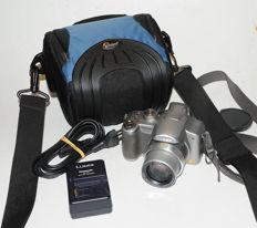 Panasonic Lumix DMC-FZ8 with Leica DC Vario-Elmarit 6-72mm Asph. with Lowepro bag Apex 110 AW. Very good image