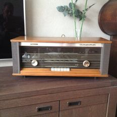 Philips bi-ampli fm stereo radio model B5X44A