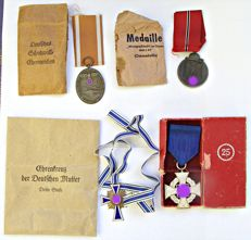 Third Reich / WW II: 4 Different Badges/Awards